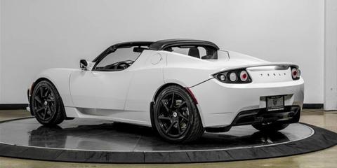 Land vehicle, Vehicle, Car, Sports car, Tesla roadster, Supercar, Tesla, Automotive design, Performance car, Coupé,