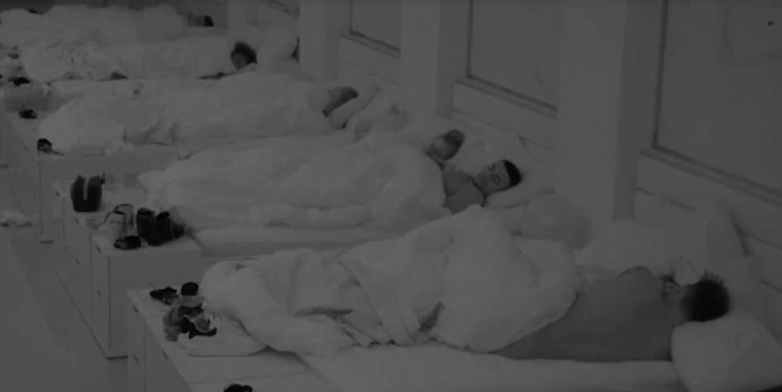 Woah woah woah, Georgia and Wes in bed together?