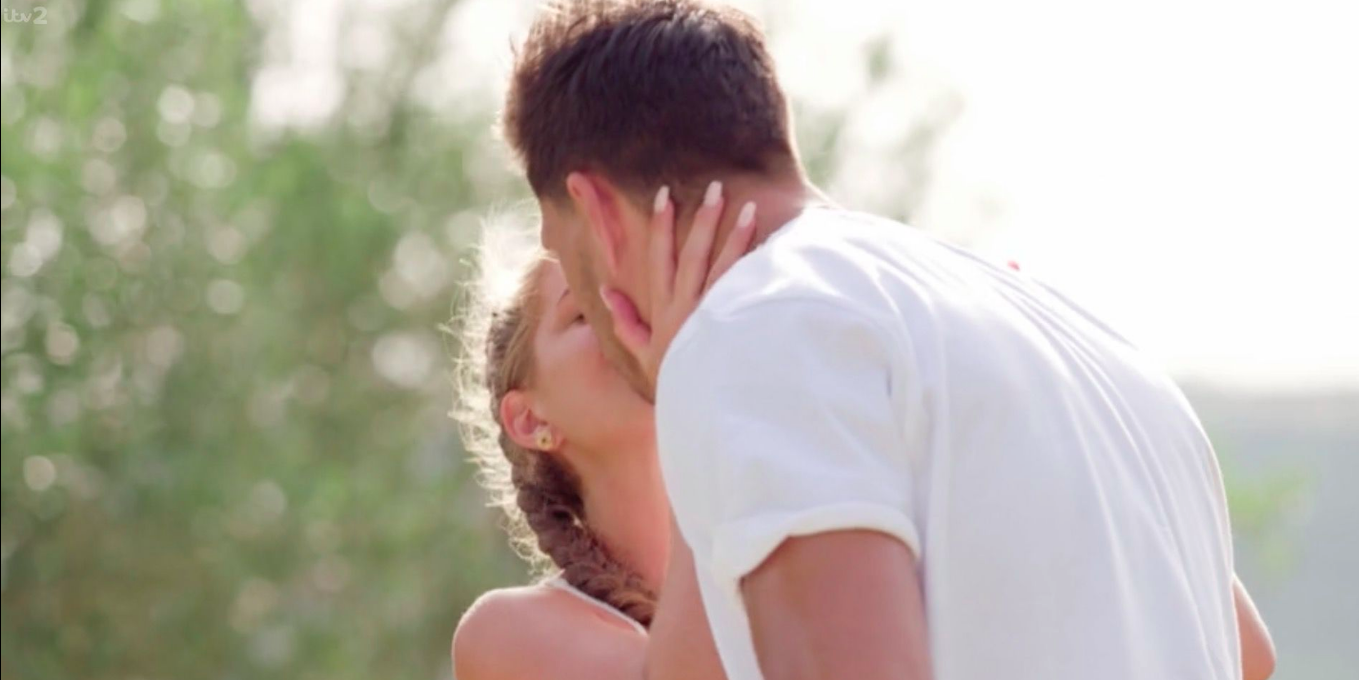 Love Island 2018: Does this second camera angle prove Jack and Georgia's kiss was fake?