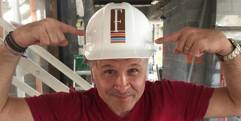 Helmet, Personal protective equipment, Hard hat, Hat, Headgear, Fashion accessory, Engineer, Headgear,