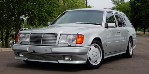 Land vehicle, Vehicle, Car, Luxury vehicle, Mercedes-benz, Mercedes-benz 500e, Bumper, Mercedes-benz w124, Grille, Automotive exterior,