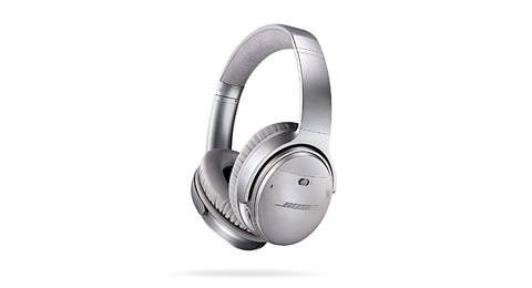 Headphones, Gadget, Audio equipment, Technology, Electronic device, Headset, Silver, Material property, Ear, Audio accessory,