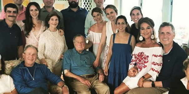 The Bush Family Vacations In Kennebunkport Maine For The