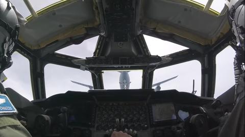 Cockpit, Vehicle, Aerospace engineering, Aircraft, Aviation,