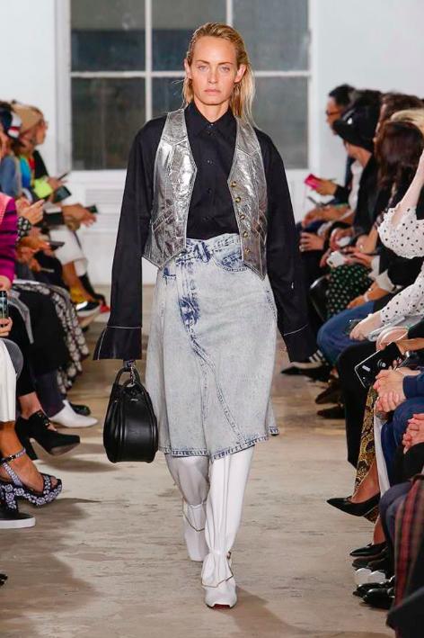 e2641817a1a https   www.crfashionbook.com fashion a23490688 cr-milan-spring ...