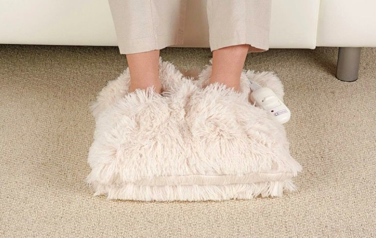 This heated foot warmer will be your saviour this winter