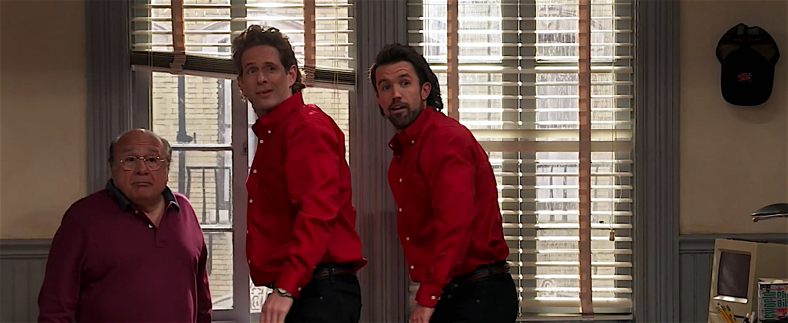 It's Always Sunny in Philadelphia Perfectly Recreated Seinfeld's Iconic  Scene From