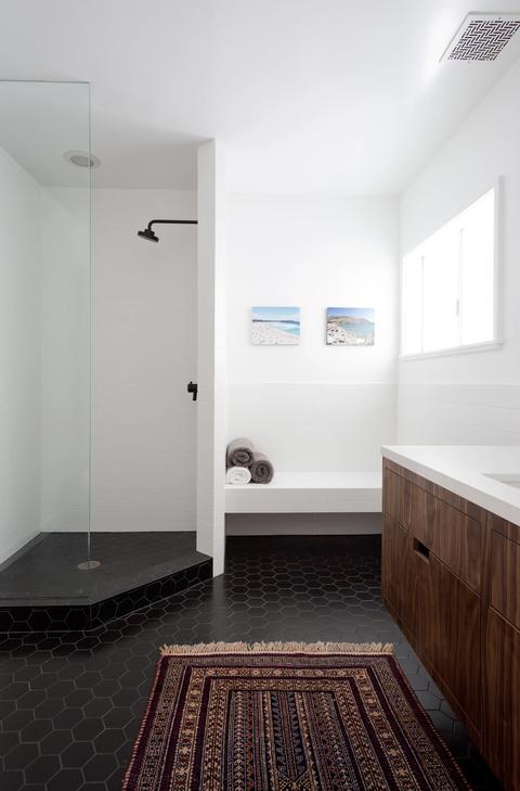Floor, Room, Property, Interior design, House, Building, Flooring, Architecture, Bathroom, Tile,