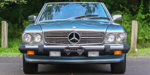 Land vehicle, Vehicle, Car, Grille, Luxury vehicle, Bumper, Automotive exterior, Hood, Motor vehicle, Mercedes-benz,