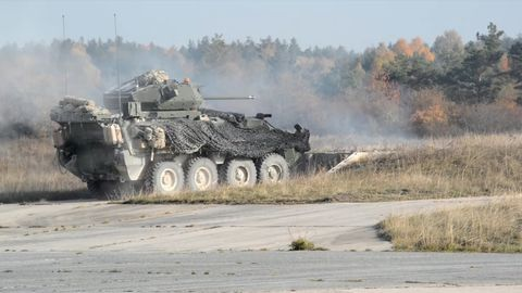 Watch U.S. Stryker Fighting Vehicles Unload at the Range to Test Their New Cannon