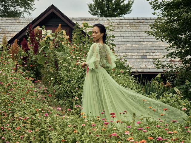 11 Outdoor Wedding Dress Ideas 2018 Garden Gown Styles For Brides