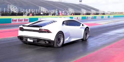 Land vehicle, Vehicle, Car, Supercar, Sports car, Automotive design, Lamborghini, Performance car, Lamborghini huracán, Race track,