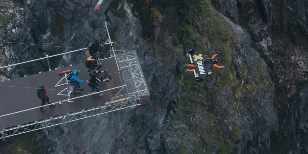 Watch Jetpack Daredevils Fly Through Norwegian Fjords at Breakneck Speed