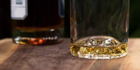 Drink, Alcohol, Distilled beverage, Alcoholic beverage, Liqueur, Whisky, Old fashioned glass, Scotch whisky, Barware, Drinkware,
