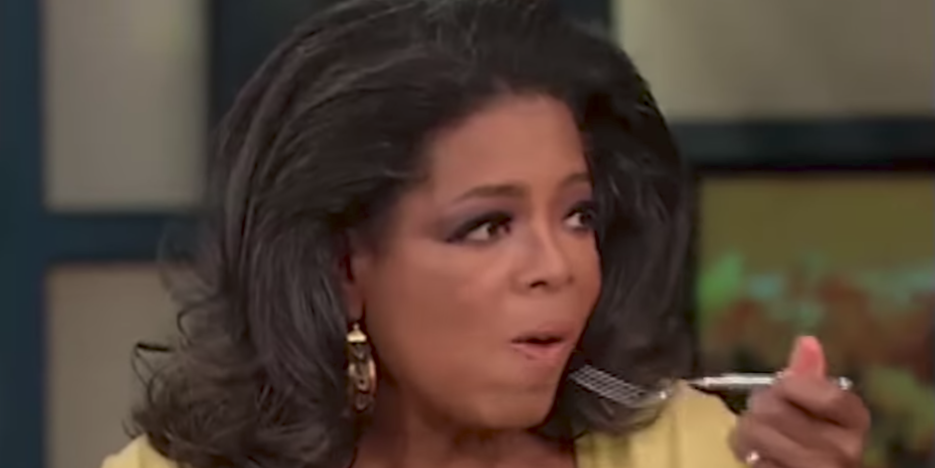 This Throwback Video of Oprah Trying a Woman's $1 Million Chicken Recipe Is Priceless