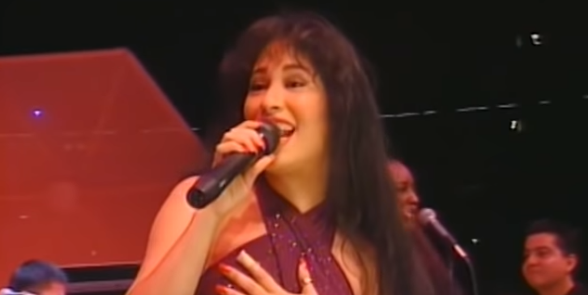 We've Been Dreaming of This: A Selena Quintanilla Scripted Series Is Coming to Netflix