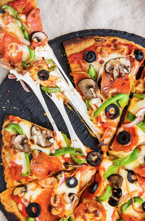 Dish, Food, Cuisine, Pizza, Ingredient, Pizza cheese, Flatbread, Meat, Produce, California-style pizza,