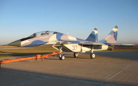 Aircraft, Vehicle, Airplane, Air force, Jet aircraft, Aviation, Fighter aircraft, Military aircraft, Aerospace manufacturer, Mikoyan mig-29,