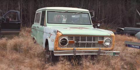 Land vehicle, Vehicle, Car, Motor vehicle, Classic car, Bumper, Sport utility vehicle, Ford, Automotive exterior, Jeep,