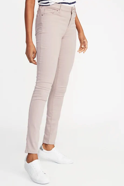 74d06d2c9160 Old Navy s Built-In Warm Jeans Are Essential for Winter