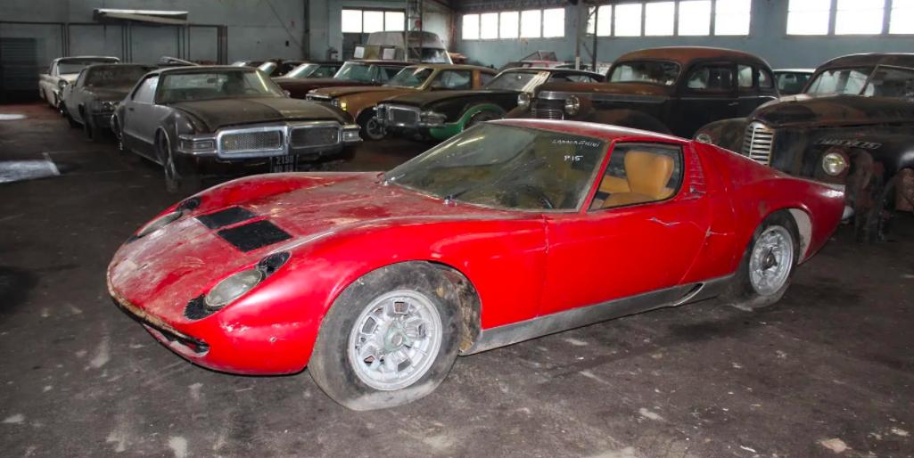 Enormous 81-Car Barn-Find Auction Includes This Gorgeous Lamborghini Miura