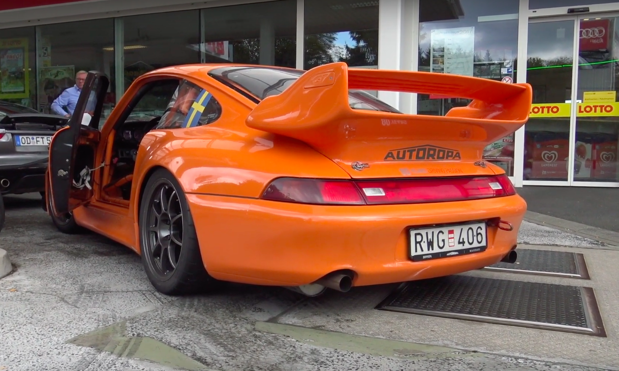 Listen to the Air-Cooled Symphony of This 993-Bodied 964 Track Car