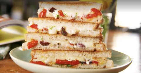 Dish, Food, Cuisine, Ingredient, Baked goods, Sandwich, Produce, Finger food, Dessert, Fast food,