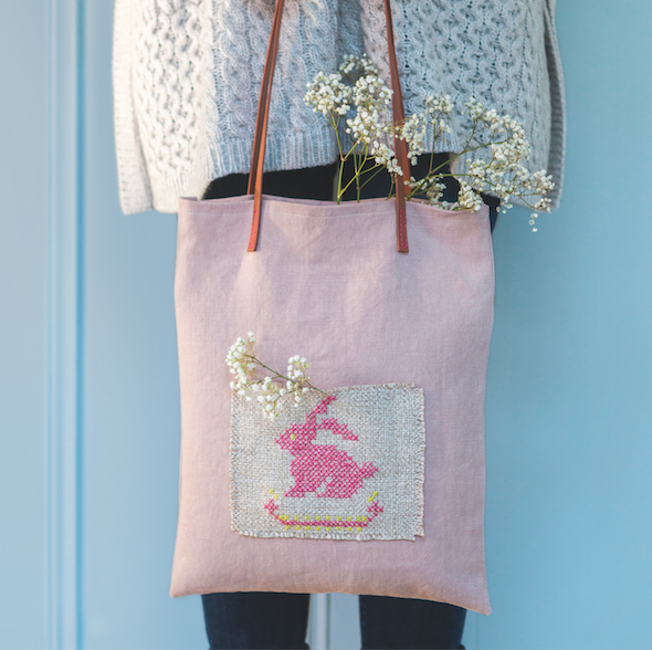 How to cross-stitch a cute Easter bunny bag