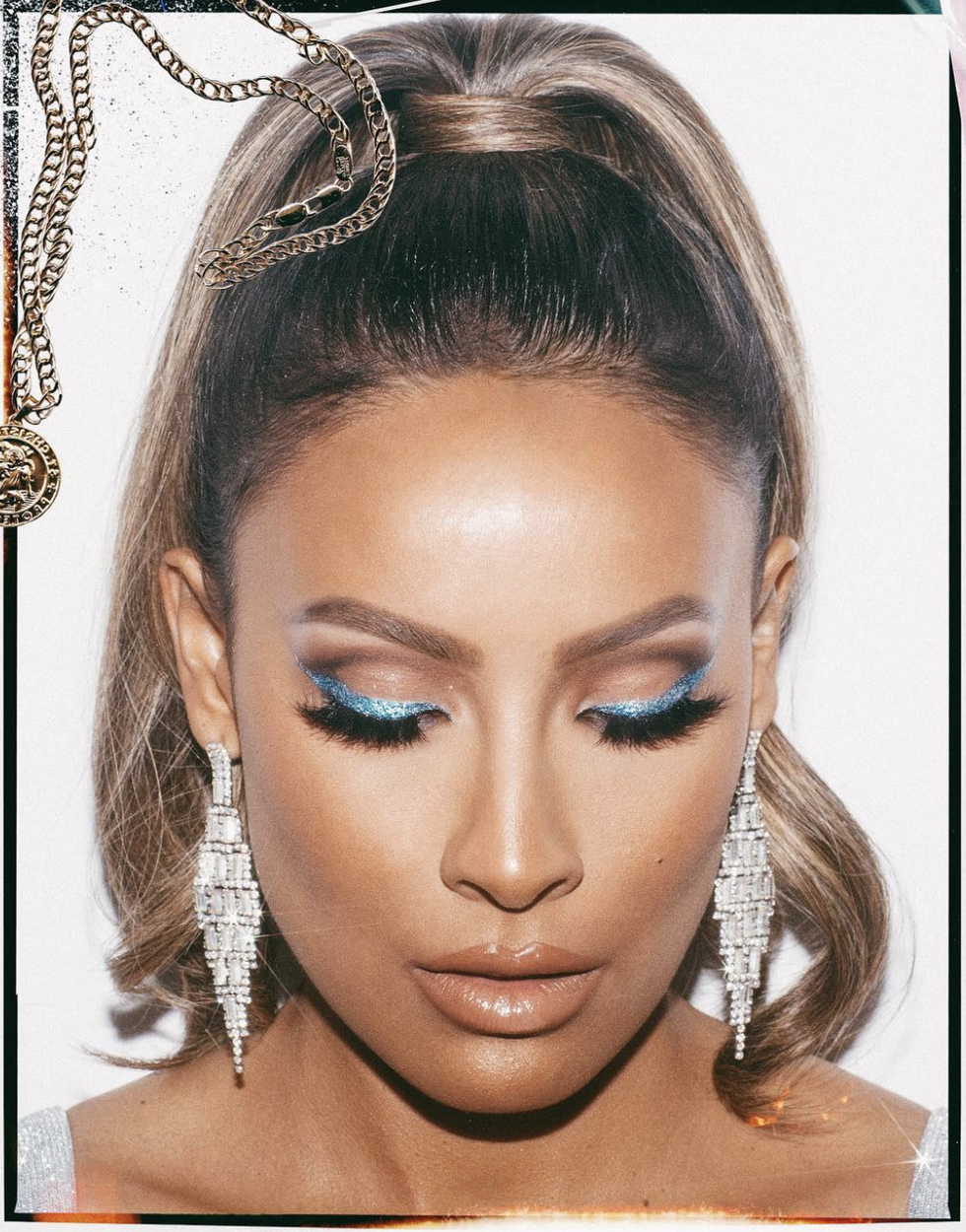 The Best Eyelash Glue According to Desi Perkins, Jackie Aina and More Beauty Influencers