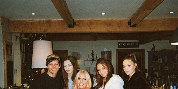 Félicité Tomlinson's 14-year-old sister Daisy wrote the most heartbreaking tribute to her