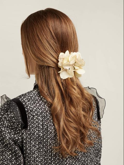 Hair, Hairstyle, Long hair, Beauty, Brown hair, Blond, Hair coloring, Hair accessory, Fashion accessory, Headgear,