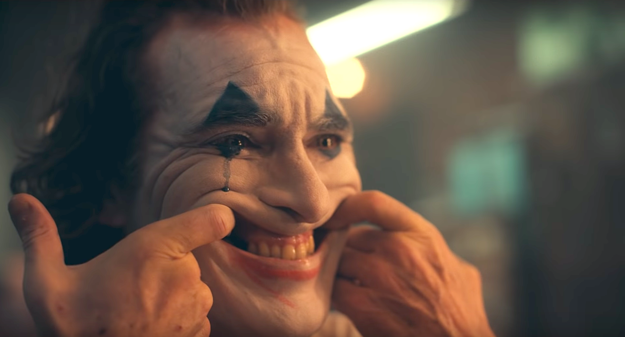 Joaquin Phoenix Joker Trailer See The First Look At Todd
