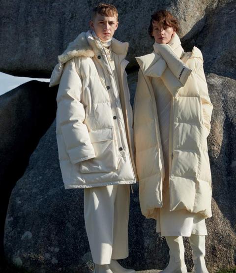 Clothing, Outerwear, Fashion, Coat, Fur, Uniform, Overcoat, Fashion design,