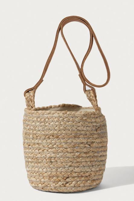 Jigsaw straw bag