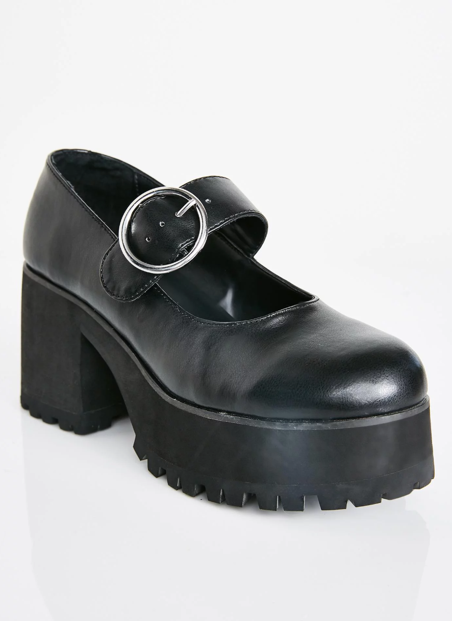 90s Shoes That Will Make You Nostalgic – Throwback Shoe Styles