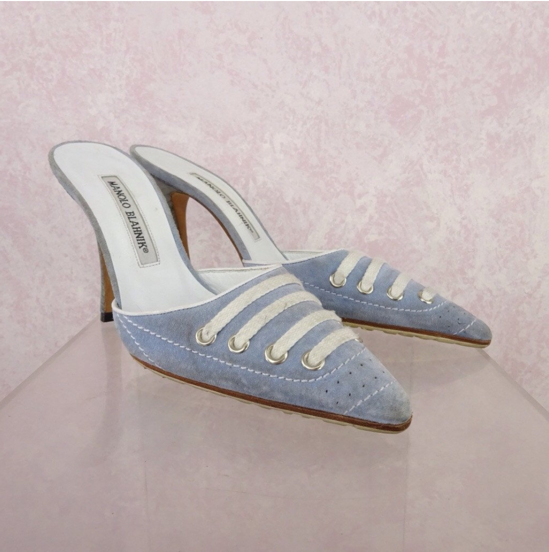 ceab206b3be4 90s Shoes That Will Make You Nostalgic – Throwback Shoe Styles