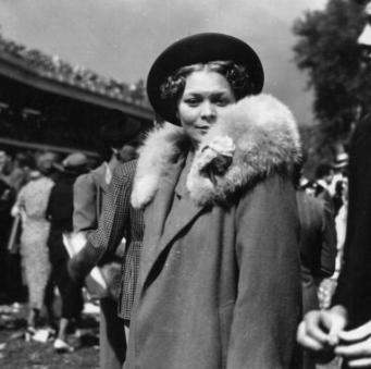 Photograph, Fur, Fur clothing, Snapshot, Fashion, Monochrome, Headgear, Black-and-white, Photography, Gesture,