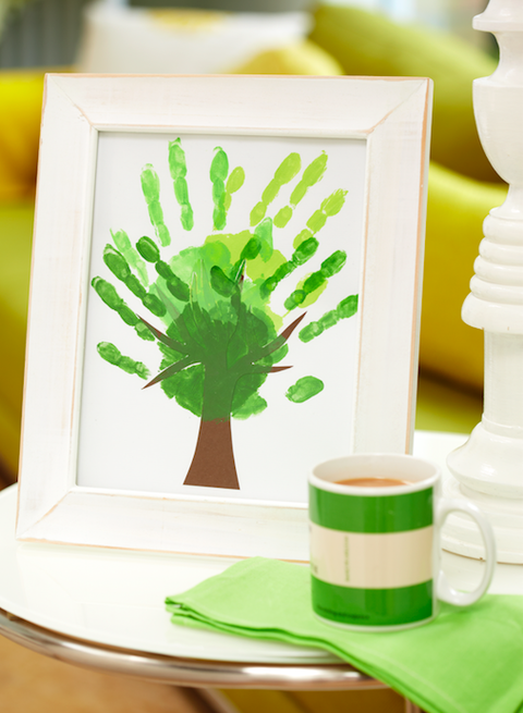 How to make a hand-print tree picture