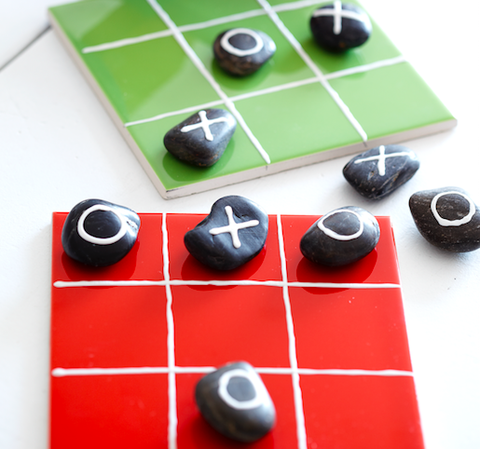 How to make pebble noughts and crosses