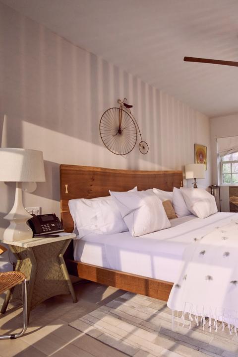 Bedroom, Ceiling fan, Bed, Furniture, Room, Bed sheet, Property, Ceiling, Interior design, Bed frame,
