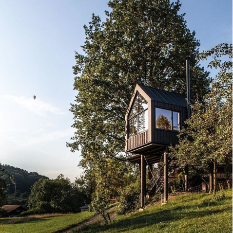 This Ready-to-Build Treehouse Can Be Built in Just a Few Days