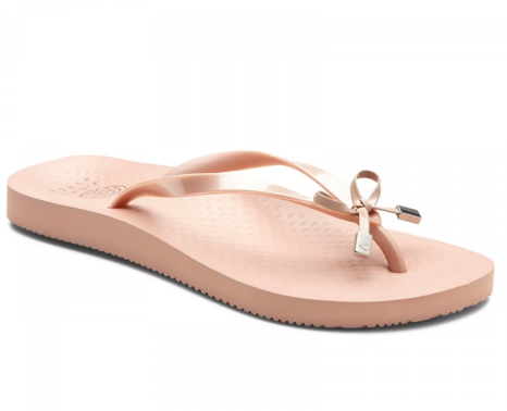 7ea72b0c87d 15 Best Flip Flops With Arch Support 2019, According to Podiatrists