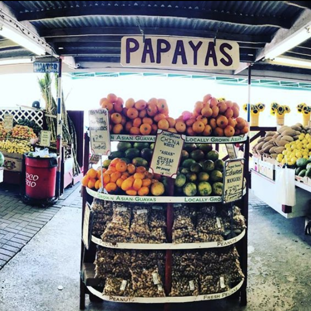 Natural foods, Whole food, Local food, Marketplace, Grocery store, Vegan nutrition, Fruit, Supermarket, Market, Plant,