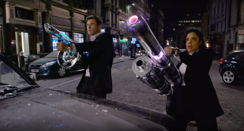 【電影抓重點】雷神索爾&女武神的外傳!《MIB星際戰警:跨國行動》9大彩蛋+雷神之鎚這個哏在觀影前一定要懂!