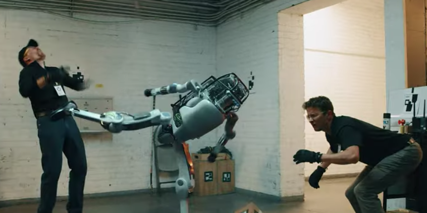 This Video of a Robot Beating Up Humans Is Extremely Satisfying