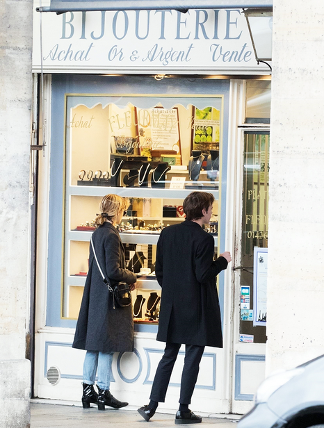 Fashion, Street fashion, Display window, Boutique, Outerwear, Building, Shopping, Coat, Window, Architecture,