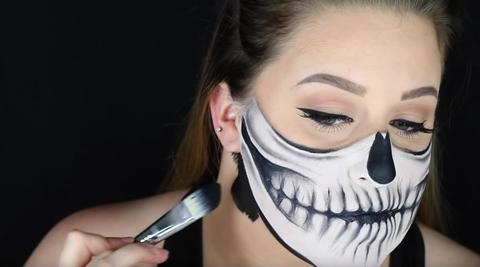 Skeleton Face Paint Tutorial For Halloween 2020 Pretty Skeleton Makeup Easy