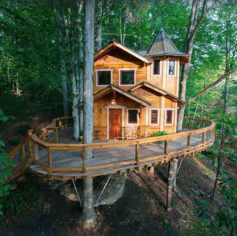 treehouse tree castle vrbo