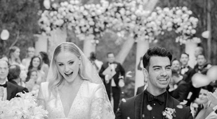 Sophie Turner And Joe Jonas Wedding Pics Sophie Turner Wedding Dress