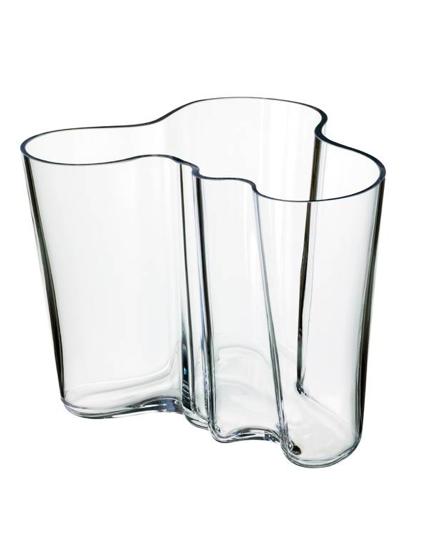 Tumbler, Highball glass, Glass, Drinkware, Old fashioned glass, Pint glass, Vase, Tableware,